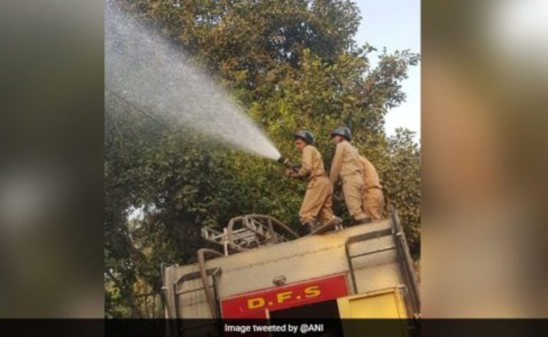5 Lakh Litres Of Water Sprinkled In 2 Days To Curb Pollution In Delhi